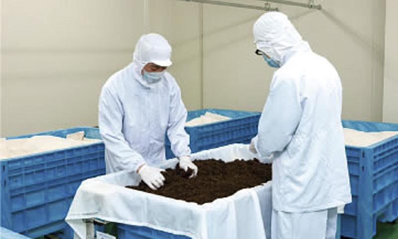 ▲「山吹撫子」は衛生管理を徹底した専用の工房で製造されている